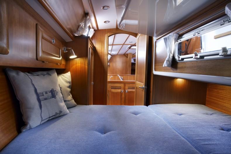 Mal� 37 Aft Cabin
