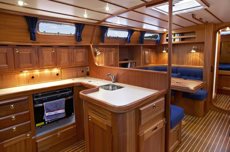 Mal� 43 Galley